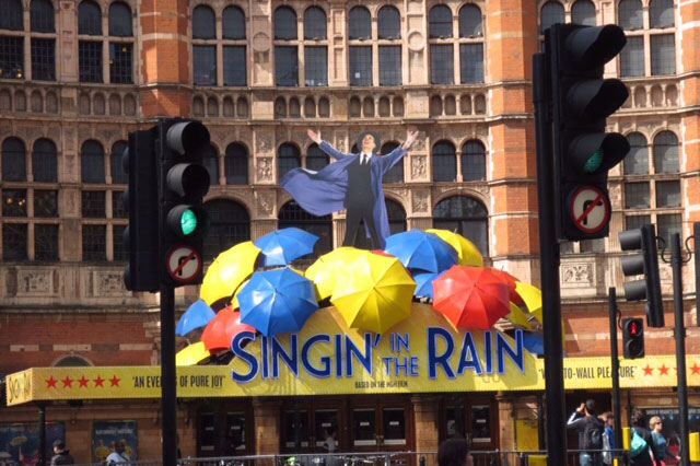 "A picutre of ""Singing in the Rain"" in London, one of the stops during the Theatre in London travel program"